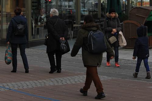 "In der Holstenstraße (06) • <a style=""font-size:0.8em;"" href=""http://www.flickr.com/photos/69570948@N04/24303739929/"" target=""_blank"">View on Flickr</a>"