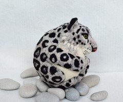 Snow Leopard, needle felted wool ball (woolroommate) Tags: wool animal cat ball toy ornament leopard needlefelting snowleopard collectable arttoy needlecraft collectorsitem needlefelted