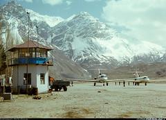 Yak-40 in Pamir. (redlinemodels) Tags: metal natural dirty stained weathered balkan bga balcan l410 yak40   40 410