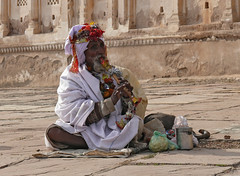 Orcha0046 (Mandir Prem) Tags: trip travel india abandoned nature yoga temple ganesha dance ancient ruins colours tour outdoor folk muslim places exotic jungle ritual shiva hindu legend rama orcha