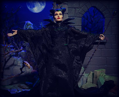 Maleficent (MiskatonicNick) Tags: witch evil disney angelinajolie 16 sleepingbeauty diorama maleficent hottoys sixthscale playscale