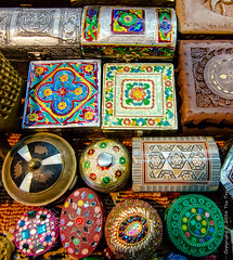 Cases, Boxes (Tex Texin) Tags: shop booth colorful crafts middleeast souk vendor boxes oman seller muscat cases muttrah mutra