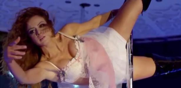 Babá vira dançarina de pole dance em nova novela mexicana do SBT