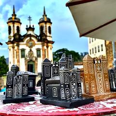 Igrejas / Churchs - Ouro Preto 2015 (Pablo Grilo) Tags: minasgerais artesanato mg ouropreto barroco aleijadinho cidadeshistoricas pedrasabao iphone6