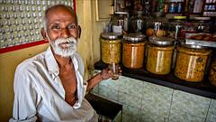 Cheers • near old Bazaar (Henk oochappan) Tags: india town madurai tamilnadu oochappan ui1a2231