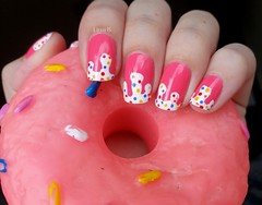 Candy candy! (lissa_is) Tags: candy nail donuts impala nailpolish esmalte colorama