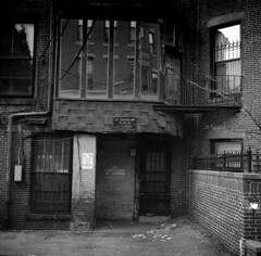 public alley 433 (postylem) Tags: boston kodak massachusetts trix 400tx agfa isolette r5 tf5 photographersformulary monobath new55