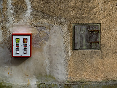 (FotoGis) Tags: chewinggum kaugummiautomat chewinggumdispensers