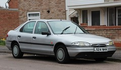 L524 NHK (2) (Nivek.Old.Gold) Tags: ford 1993 18 lx mondeo 5door 16v