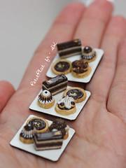 Miniature Pâtisserie Trays (PetitPlat - Stephanie Kilgast) Tags: paris france cake miniatures miniature gourmet polymerclay fimo biscuit patisserie pastry dollhouse religieuse frenchfood sainthonoré éclair miniaturefood oneinchscale