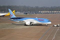 "Thomson Boeing 787-804 G-TUIC ""Dream Maker"" MAN 12-03-16 (Axel J.) Tags: man manchester airport outdoor aircraft aviation jet aeroplane airline thomson boeing flughafen avião flugzeug aeropuerto 飞机 flugplatz avion airfield aviação aviones vliegtuig самолет aviación ringway 787 飛行機 luftfahrt luchthaven dreammaker 飛機 fluggesellschaft linienflugzeug luchtvaart 비행기 gtuic"