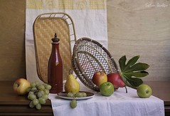 Structures (Esther Spektor - Thanks for 10+ millions views..) Tags: red stilllife food brown white green apple yellow fruit composition canon leaf bottle stem ceramics pattern linen availablelight cluster plate stilleben towel structure pear tray wicker grape tabletop bodegon naturemorte naturamorta naturezamorta creativephotography goden bascket artisticphoto estherspektor