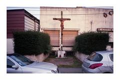 No man's land (Punkrocker*) Tags: street city france color film 35mm rangefinder olympus 400 vista suburbs xa agfa 93 zuiko couleur rf banlieue seinesaintdenis 3528 pierrefitte