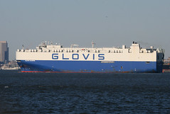 GLOVIS CHAMPION in New York, USA. April 2016 (Tom Turner - SeaTeamImages / AirTeamImages) Tags: nyc blue usa newyork water port bay harbor marine unitedstates harbour transport vessel spot cargo pony maritime transportation statenisland bigapple channel spotting roro waterway carcarrier autocarrier tomturner vehiclecarrier glovis glovischampion