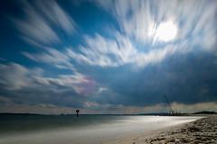 Stürmische Förde (__db_) Tags: lighthouse wind himmel wolke ostsee kiel leuchtturm haida langzeitbelichtung ndfilter förde falckenstein graufilter nd36 filterhalter filterdreckig softgnd09