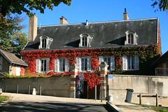 Fontaine-ls-Dijon - Demeure bourgeoise 19S (Charles.Louis) Tags: butte mare maison bourgogne habitation ctedor fontainelsdijon