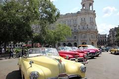 Les belles de La Havane (Vicky Bella) Tags: havana cuba oldcars vieillesvoitures lahavane
