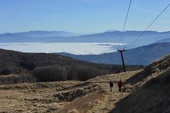 Scappando dalla nebbia (mttdlp) Tags: fog trekking natura monte montagna libertà linee d3200