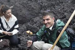 _DSC0637 (lnewman333) Tags: latinamerica volcano highlands guatemala antigua marshmallows centralamerica pacaya lavarocks activevolcano roastingmarshmallows volcanpacaya