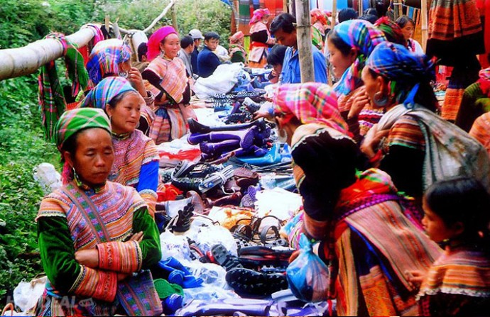 shopping-in-sapa-3-1123