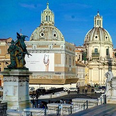 Roma #navona #europe #cold #europa #view... (polimerase) Tags: travel cold rome roma art history church arquitetura europa europe view arte aviary amateur portuguese historia outono navona constructions igrejas lovethisplace hotshotz iphonecamera velhomundo instapic beautifuldestinations uploaded:by=flickstagram instagram:venuename=piazzanavona myflagrants greatshotz instagram:venue=336844629 braziltravelers instagram:photo=112783908394918245030836522