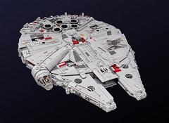 Millennium Falcon (Marshal Banana) Tags: starwars lego falcon moc millenniumfalcon theforceawakens