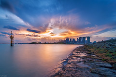 Glorious light is sweet hope! - The beginning is the most important part of the work (Rajkumar Pandian) Tags: sunset singapore marinabarrage