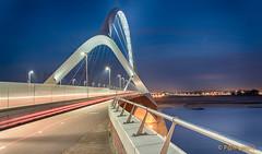De Oversteek (www.petje-fotografie.nl) Tags: bridge nijmegen bluehour brug langesluitertijd deoversteek blauweuur opdrachtrene bluaweuur