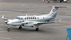T-721 (equief) Tags: switzerland king force erfurt air super erf flughafen beech edde b300 350c erfurtweimar flughafenerfurtweimar