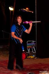Las Vegas (altro que foto) Tags: argentina del la mar circo circus shampoo cielo rosario abierto gorra juggling lucila malabarismo altroquefoto