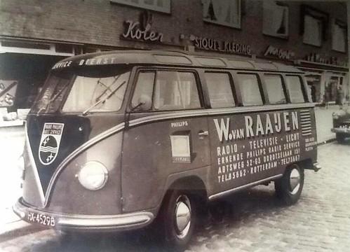 "HX-45298 Volkswagen Transporter 23raams Samba 1955/1956 ""W van Raaijen"" • <a style=""font-size:0.8em;"" href=""http://www.flickr.com/photos/33170035@N02/24285548986/"" target=""_blank"">View on Flickr</a>"