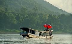 Mekong Live (jennifer.stahn) Tags: travel red people nature boat nikon asia asien live jennifer laos mekong luangprabang reise stahn aroundasia