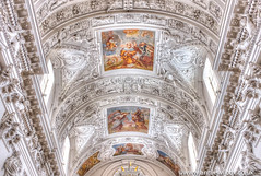 Inside the church of St. Peter and St. Paul in Vilnius (anniew69) Tags: building church photography fuji january fujifilm baroque fresco lithuania vilnius stucco romancatholic edifice edifices placeofworship lietuva 2016 travelphotography antakalnis stpeterandstpaulschurch religiousbuilding cityphotography artmovement artmovements vapatalpetroirpovilobanyia anniewilcox wwwanniewilcoxcouk fujifilmx100t fujix100t stuccofigures giovannimariagalli giovannipietroperti anniew69