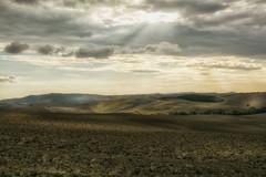 Pienza (SI) (gionatatammaro) Tags: trees clouds nikon italia nuvole siena pienza colline raggi toscany collinetoscane