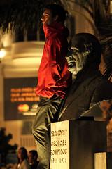 Prsident Georges Pompidou (Steph Blin) Tags: red france statue festival rouge cannes 06 pompidou cinma buste prsident