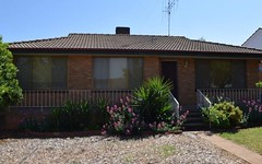 4 Downes Crescent, Parkes NSW