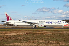 A7-BAB Qatar Airways Boeing 777-300ER Oneworld livery (Sierra Aviation Photography) Tags: canon germany airport frankfurt aviation jet landing airline airbus 5d boeing arrival airways airlines departure runway lufthansa spotting fra planespotting oneworld luftfahrt b777 spotter qatarairways eddf b777300er b77w 5dmk2 sierraaviation sierraaviationphotography