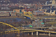 Arteries (Hi-Fi Fotos) Tags: city urban yellow buildings nikon pittsburgh traffic bridges sigma northshore rivers roads fortpitt allegheny monongahela fortduquesne pointstatepark d5000 18250mm hallewell hififotos