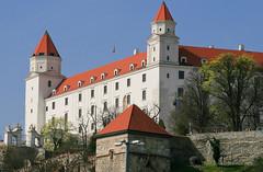 Apr 2: Bratislava Castle Look (johan.pipet) Tags: city castle history architecture canon town europe flickr eu sunny landmark slovensko slovakia palo bratislava hrad bartos mesto barto