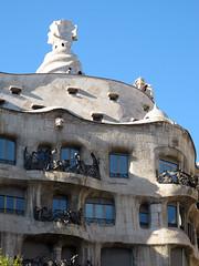 Barcelona (Ana >>> f o t o g r a f  a s) Tags: barcelona espaa spain espanha catalonia unesco gaud catalunya modernismo catalua spanien spagna spanje casamil lapedrera spania antoniogaud antonigaud spagne unescosworldheritage patrimoniodelahumanidad patrimoinemondial modernismocataln spanya modernismecatal canong12 potd:country=es