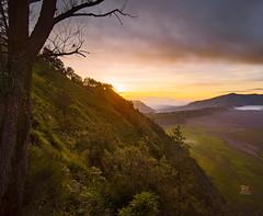 when the mist vanish (Jose Hamra Images) Tags: sunset mountain sunrise landscape malang surabaya bromo probolinggo bromotengger