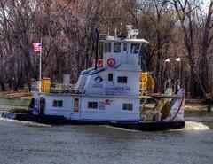 Working Tug (kendoman26) Tags: fuji tugboat tug hdr fujifinepix illinoisriver photomatix fujifinepixs1