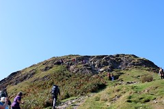 Final ascent to Catbells (Buster&Bubby) Tags: trekking walking unitedkingdom hiking lakedistrict catbells scrambling