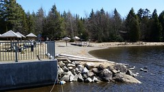 La Plage Du Centre De Villgiature Jouvence et Le Lac Sttukely. 2016-04-17 13:39.31 (Sandbanks Pro) Tags: lake holiday canada beach nature water nationalpark eau quebec lac paysage plage vacance touristique parcnationaldumontorford parcnational jouvence lacstukely centredevillgiature
