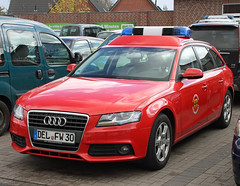 Fire chief A4 (The Rubberbandman) Tags: auto red car station modern germany wagon fire estate outdoor chief class german vehicle a4 audi feuerwehr department brigade fahrzeug cdi delmenhorst