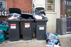 20151225-10-30-16-DSC01463-1 (fitzrovialitter) Tags: street urban london westminster trash garbage fitzrovia camden soho streetphotography litter bloomsbury rubbish environment mayfair westend flytipping dumping cityoflondon marylebone captureone peterfoster fitzrovialitter