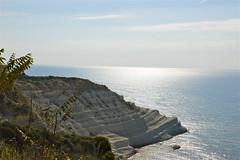 Controluce sulla Scala dei Turchi (costagar51) Tags: italy italia mare natura sicily sicilia agrigento realmonte anticando