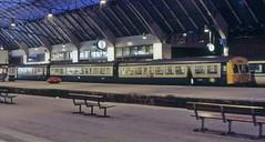Glasgow Queen Street, 1985 (Taysider64) Tags: station train glasgow railways queenstreet dmu dieselmultipleunit class101