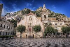 Sketches of Italy: Taormina (Bebo_cik) Tags: people italy square italia sicily taormina hdr sicilia flickrtravelaward