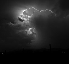Tempesta (Robyn Hooz) Tags: cloud storm night nuvole thunder notte luce temporale tempesta fulmine lightnight